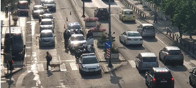 Καβάλα:-Μπλόκο-σε-αυτοκίνητο-με-παράνομους-μετανάστες