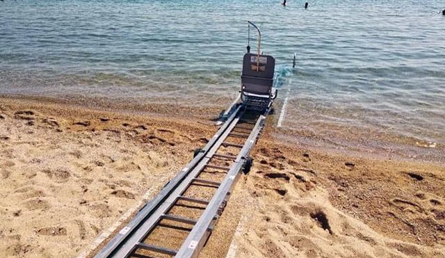 Σε-πλήρη-ετοιμότητα-η-ράμπα-πρόσβασης-ΑΜΕΑ-στην-θάλασσα-στην-Νέα-Ηρακλείτσα