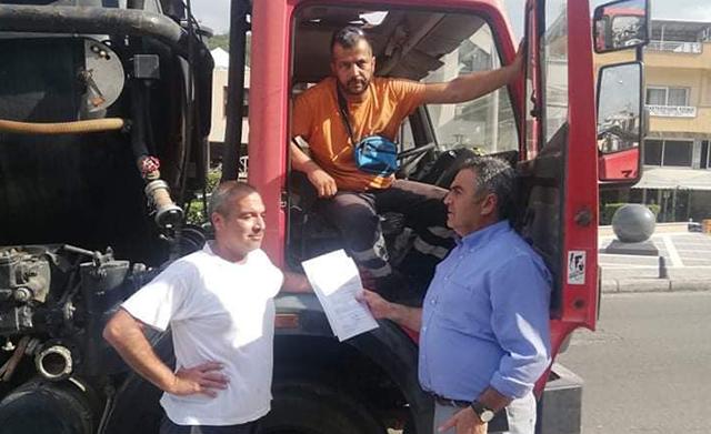 Βυτιοφόρο-του-δήμου-Παγγαίου-σπεύδει-για-βοήθεια-στο-Μαντούδι