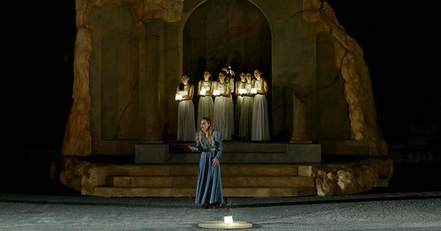 Η-«Ιφιγένεια-εν-Ταύροις»-του-Ευριπίδη-στο-κατάμεστο-αρχαίο-θέατρο-Φιλίππων