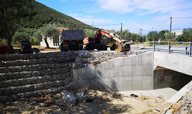 Ολοκληρώθηκε-η-κατασκευή-αμμοκράτη-στον-οικισμό-του-Πρίνου